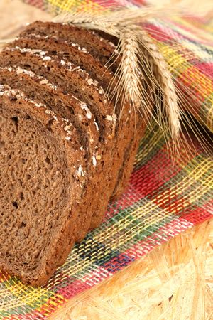 closeups: close-ups of whole wheat bread