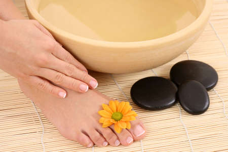 hot stone: beautiful legs and hands - beauty treatment