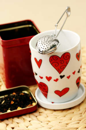 infuser: cup and tea infuser - food and drink
