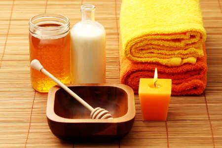 towels bath: honey and milk spa - beauty treatment
