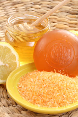 bar of gliceryne soap jar of honey and lemon - natural bath Stock Photo - 8134986