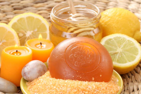 bar of gliceryne soap jar of honey and lemon - natural bath Stock Photo - 8134954