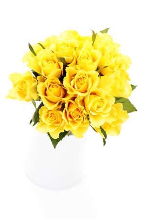 rosas amarillas: mont�n de hermosas rosas amarillas - flores y plantas