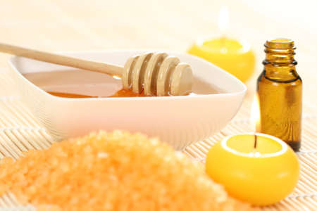 honey essential oil and fresh honey - beauty treatment photo