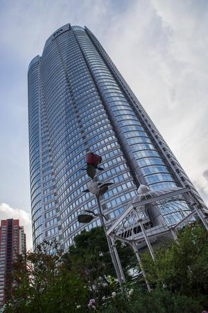 mori: Roppongi Mori Tower. Editorial