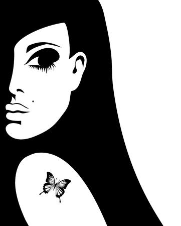 彼女の肩に、イラストの蝶の入れ墨を持つ女性のシルエット