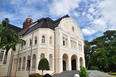 Wang Baan Puen- Old palace in Phetchaburi