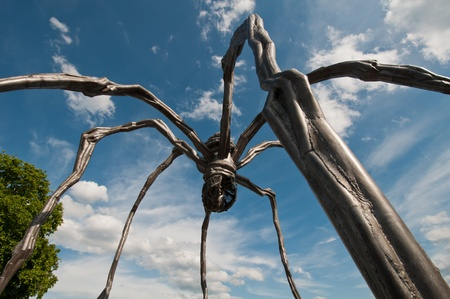 Maman is a sculpture by the French artist Louise Bourgeois  In the picture was exposed in Zurich  Photo taken on 12 06 2011