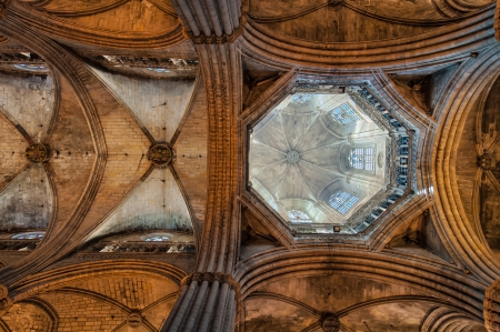 Santa Eulalia Cathedral   called Seu  interior  View of the ceilng and dome  Barri Gotic, Barcelona, Catalonia, Spain