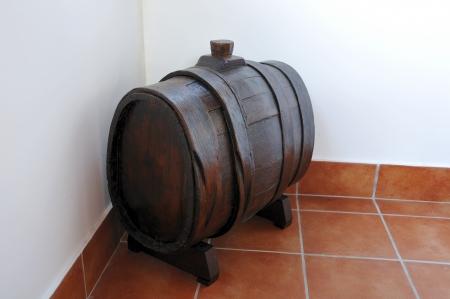 Botte in legno molto antica