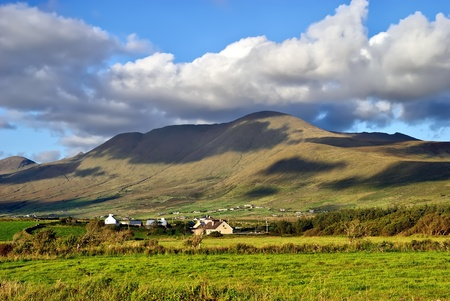 beautiful cloudy mountain landscape on Dingle peninsula, Ireland Stock Photo - 10819096