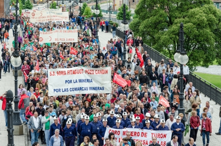 miners: About 25,000 miners and residents of the miners zone of Asturias demonstrate against close-downs and financial cuts in the carbon sector on June 18th, 2012 in Langreo, Spain
