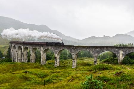 jacobite: Train on Glenfinnan Viaduct, Scotland, UK Stock Photo