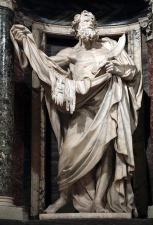 apostle: Statue of Bartholomew the apostle into a niche in the Archbasilica of St. John Lateran, Rome Italy