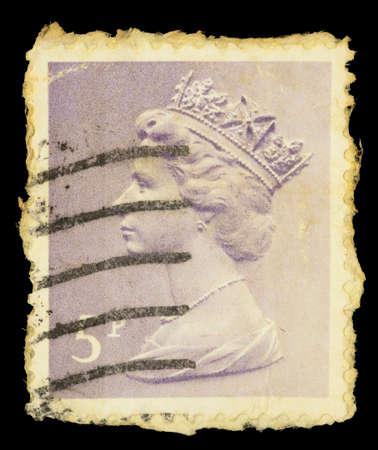 queen elizabeth ii: UNITED KINGDOM - CIRCA 1971: A postage stamp printed in United Kingdom shows a portrait of Queen Elizabeth II, circa 1971 Editorial