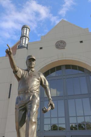 bobby: Bobby Bowden Statue at FSU