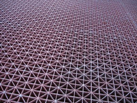 Grid pattern along the ground