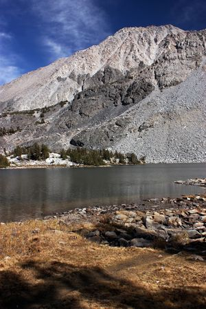 sierra nevada mountain range: Chickenfoot Lake in the Sierra Nevada mountain range of california