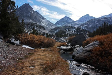 sierra nevada mountain range: Rock creek flows through the Sierra Nevada mountain range of California