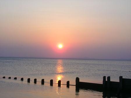 groyne: Sunset over groyne
