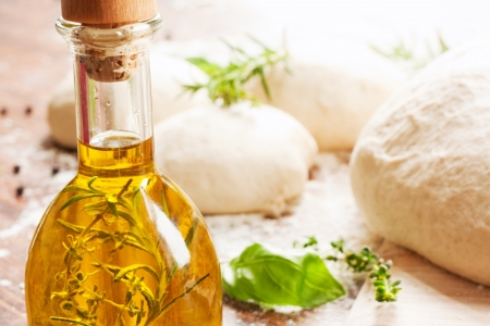yeast: olive oil and pizza dough