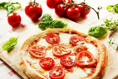 Frische hausgemachte Pizza Margherita