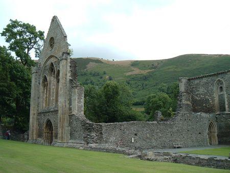 cruis: Vale Cruis Abbey
