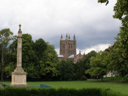 Monument and Cathedral, Hereford Stock Photo