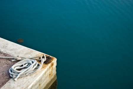 hawser: Hawser rope in port