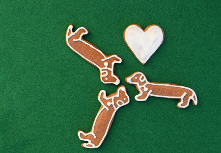 We love dachshunds - gingerbread dogs with heart