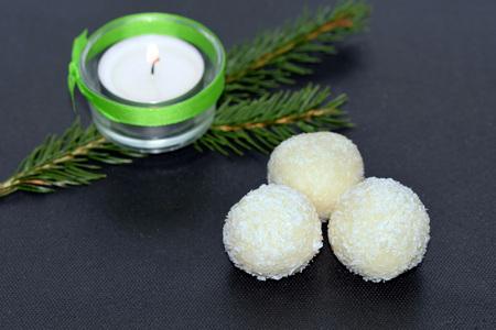 Homemade unbaked coconut balls