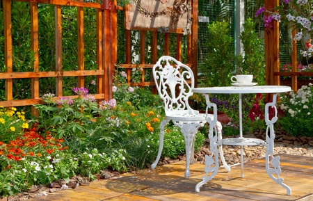 tea and biscuits: beautiful garden