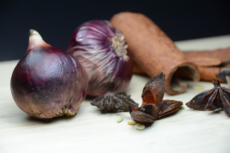cinnamomum: Photo product Onion