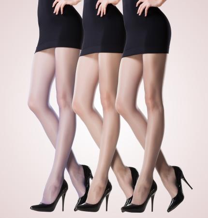 medias veladas: colección de medias finas de mujer sexy piernas Foto de archivo