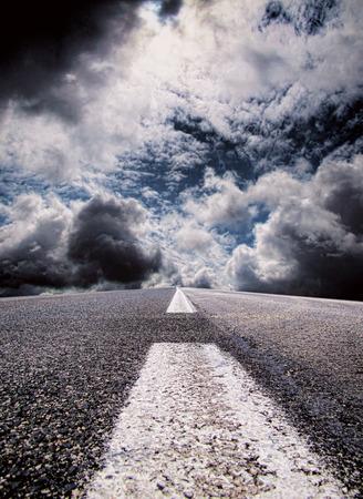 perilous: Perilous journey dramatic road