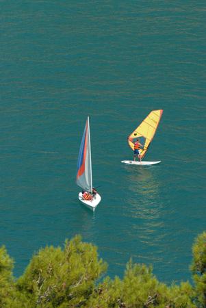 siervo: windsurf en el mar italiano