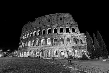 illuminated: Romes circus Coliseum, illuminated at night