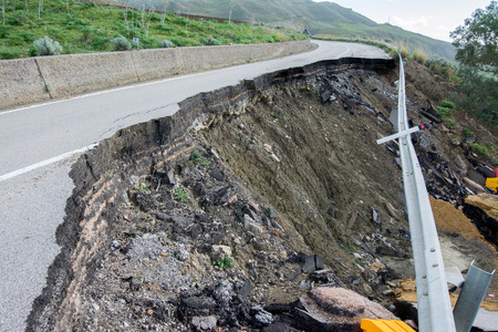 interruption: Landslide on a national road in Sicily