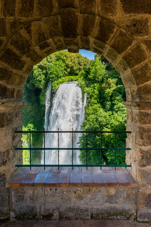 Marmore falls, Cascata delle Marmore, in Umbria, Italy. The tallest man-made waterfall in the world. 版權商用圖片