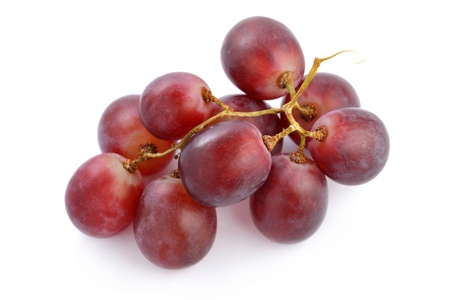 bunch up: A string of grapes isolated on white background.