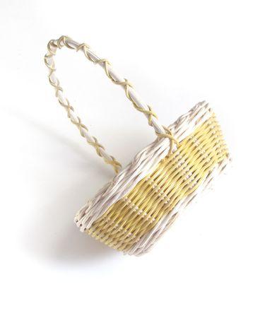 giftbasket: Decoratieve cadeau mand op een witte achtergrond Stockfoto