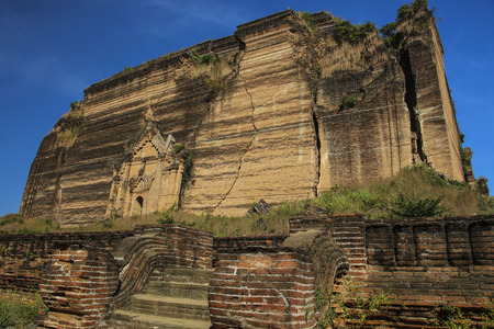 Pa Hto Daw Gyi Pagoda, Mingun,Myanmar(Burma)