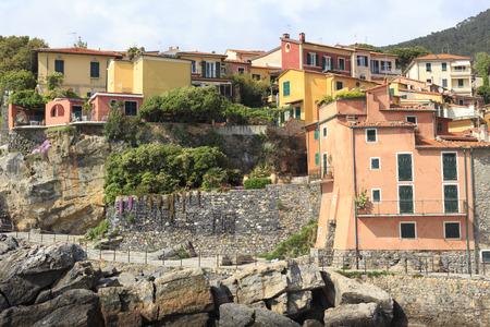 Tellaro ciudad vista desde el mar Foto de archivo