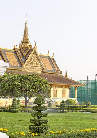phen: Phnom Phen, Cambodia - April 25, 2014: Royal Palace in Phnom Penh, Cambodia
