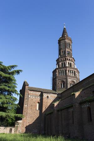 View of Chiaravalle abbey, south of Milan. Italy Foto de archivo - 111210681