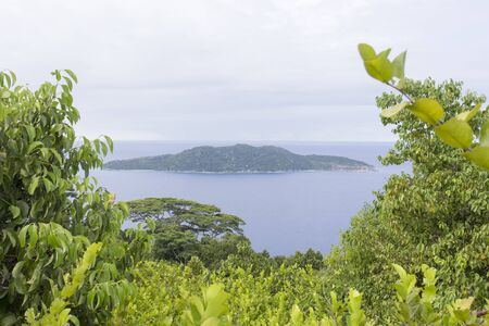 Island view in cloudy day, Seychelles Stockfoto