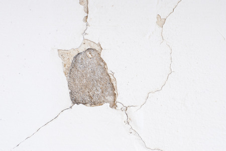 cracked wall: wall texture
