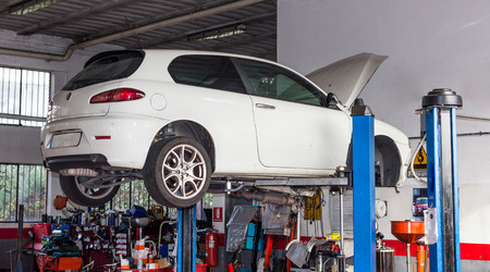 automobile workshop: The Car workshop for repairs and setups