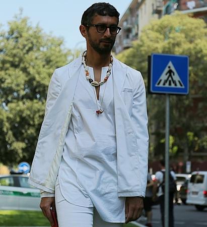 milánó: MILAN- 17 June 2017 Simone Marchetti fashion editor on the street during the Milan Fashion Week Sajtókép