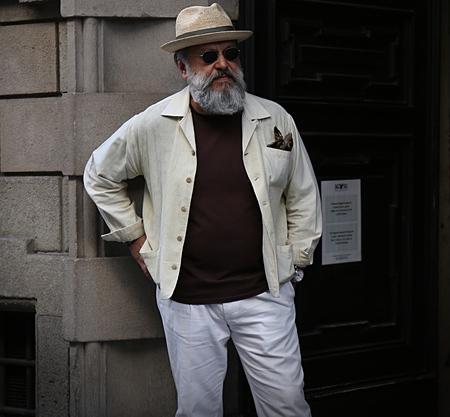 milánó: MILAN- 17 June 2017 Gianni Fontana is on the street during the Milan Fashion Week Sajtókép